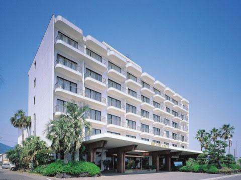 ビーチ ホテル コーラル 指宿